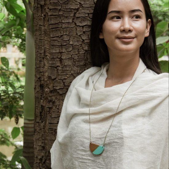 wooden semicircle necklace